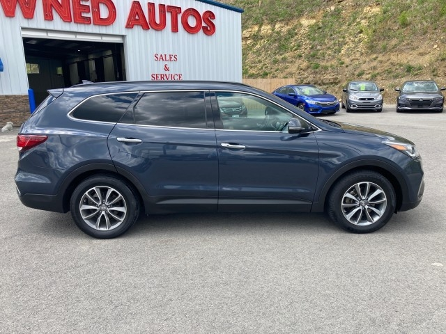 Hyundai Santa Fe 2017 price $20,979