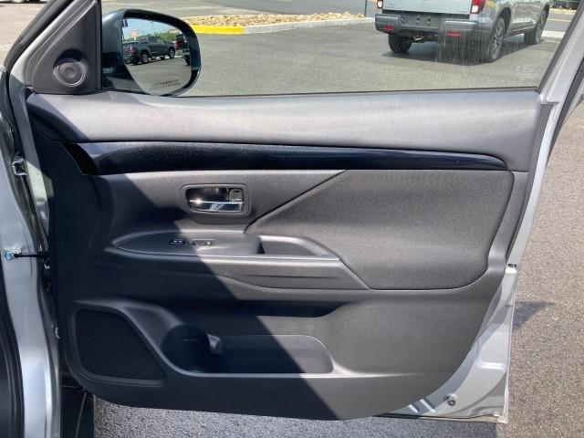 Mitsubishi Outlander 2019 price $19,979