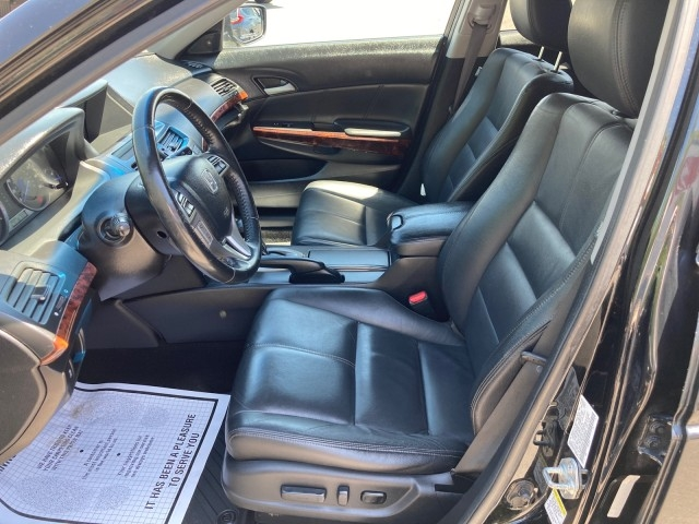 Honda Accord Crosstour 2010 price $12,779