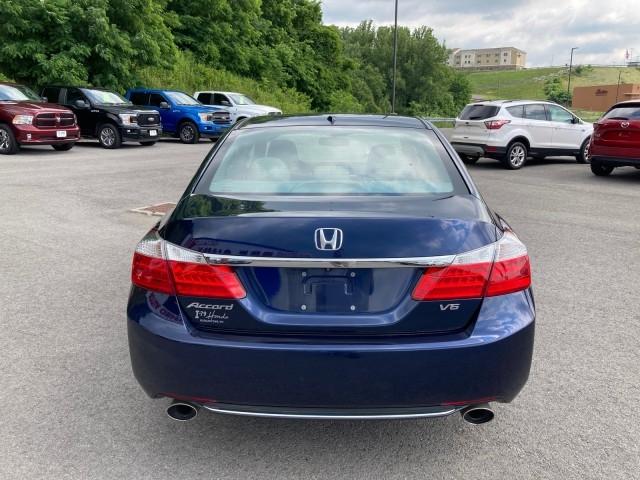 Honda Accord Sedan 2015 price $16,979