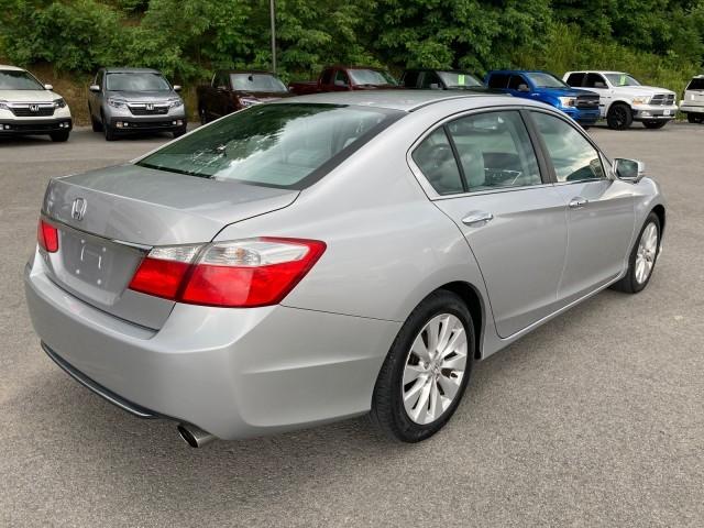 Honda Accord Sdn 2013 price $13,979