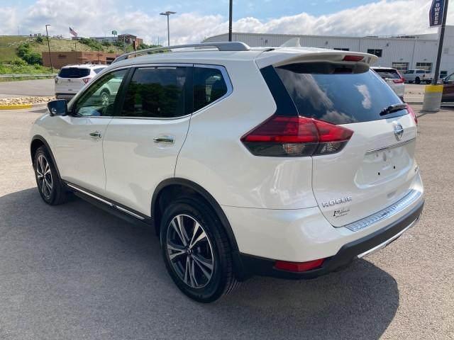 Nissan Rogue 2017 price $27,779