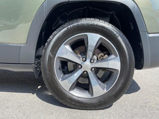 Jeep Cherokee 2019 price $30,779