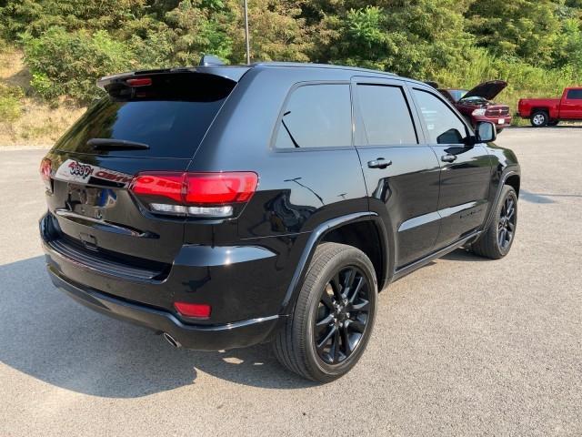 Jeep Grand Cherokee 2018 price $33,779