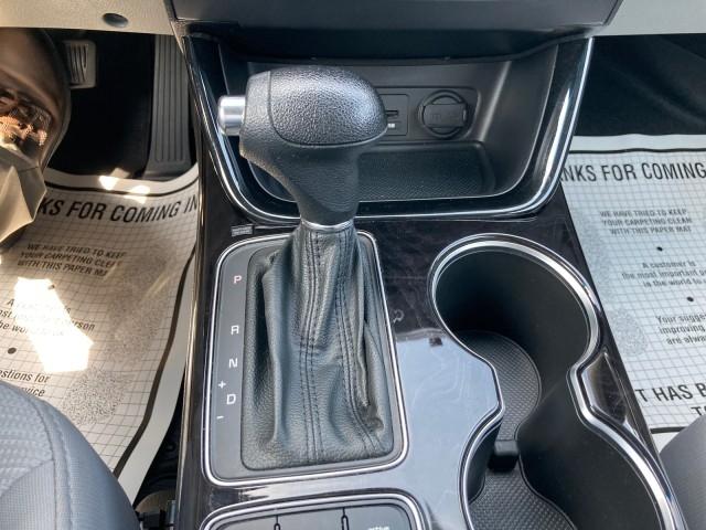 Kia Sorento 2014 price $18,979
