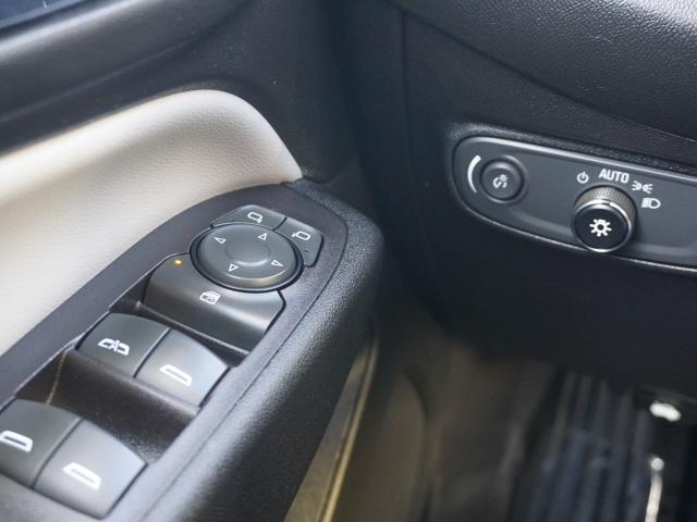 Chevrolet Equinox 2018 price $15,999