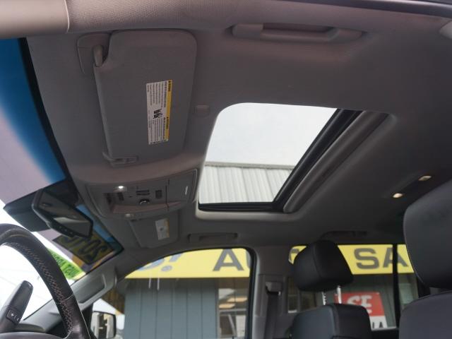 Chevrolet Suburban 2016 price $38,988