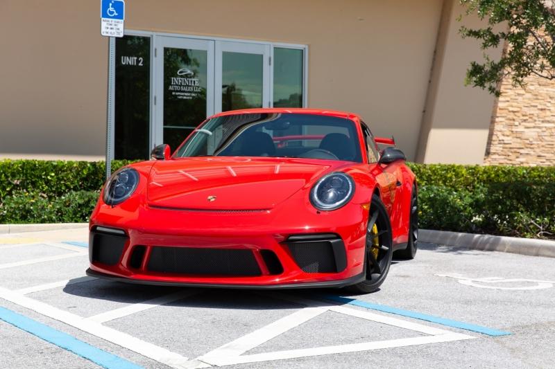 Porsche 911 2018 price $219,000