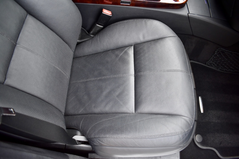 Mercedes-Benz S-Class 2007 price $18,990