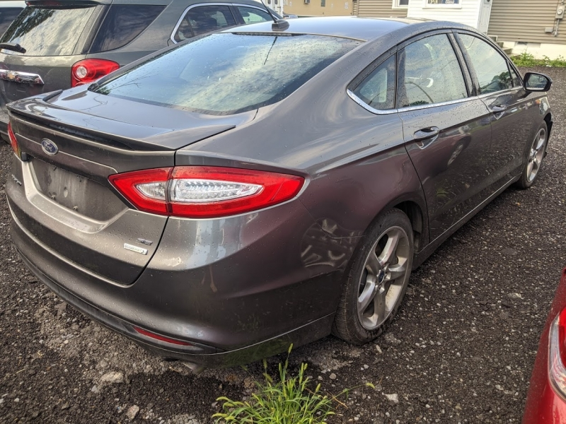 Ford Fusion 2013 price $7,495