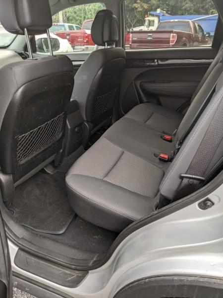 Kia Sorento 2012 price $8,495