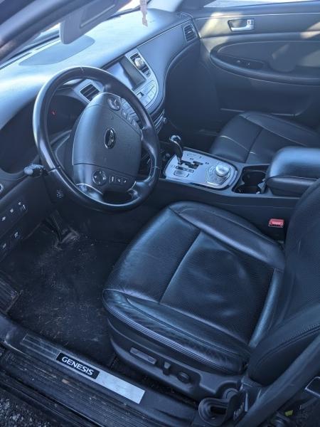 Hyundai Genesis 2013 price $16,495