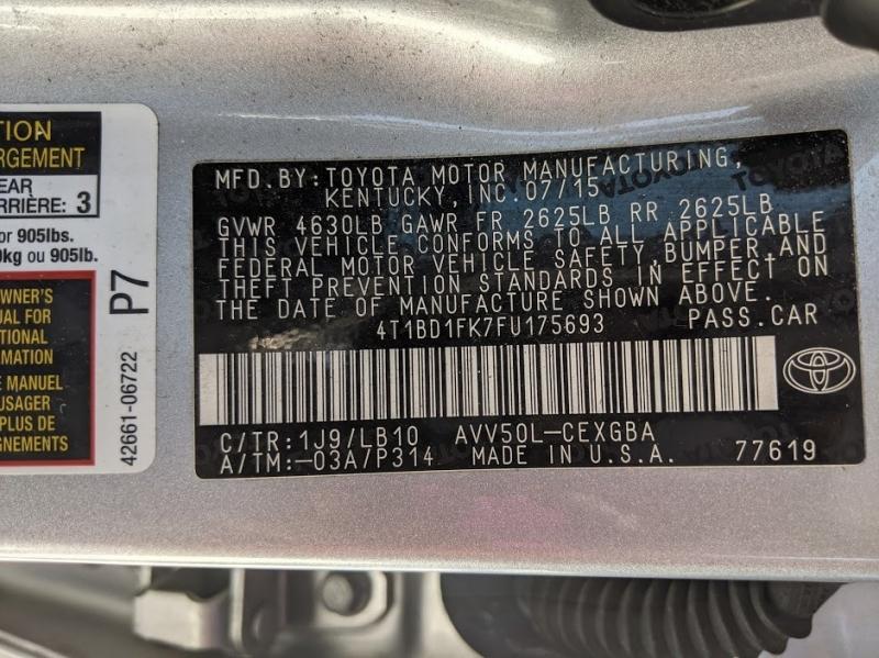 Toyota Camry Hybrid 2015 price $12,995
