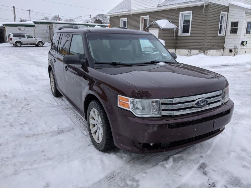 Ford Flex 2011 price $7,995