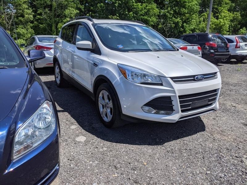 Ford Escape 2015 price $14,495