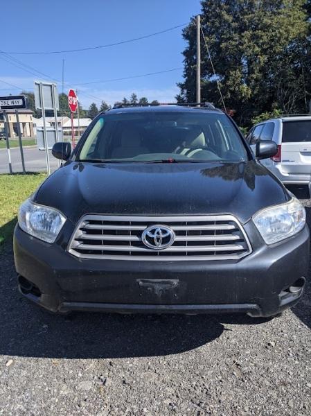 Toyota Highlander 2010 price $10,995