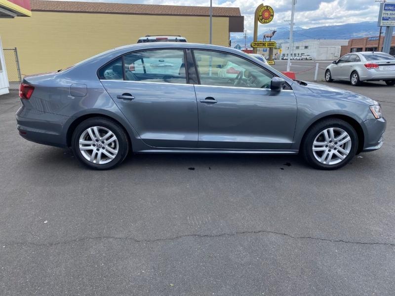 Volkswagen Jetta 2017 price $13,495