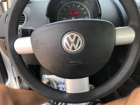 Volkswagen New Beetle Coupe 2008 price $5,495