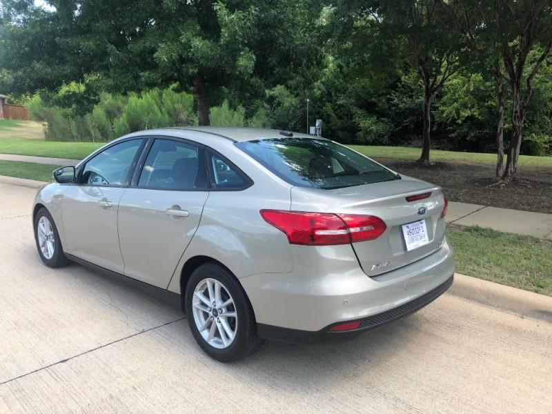 Ford Focus 2015 price $7,450