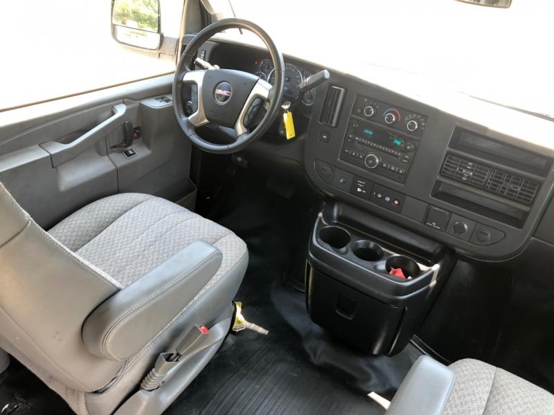 GMC Savana Cargo Van 2017 price $21,450