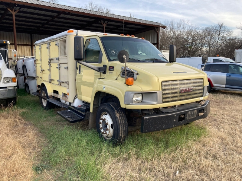 GMC TC5500 2006 price $4,450