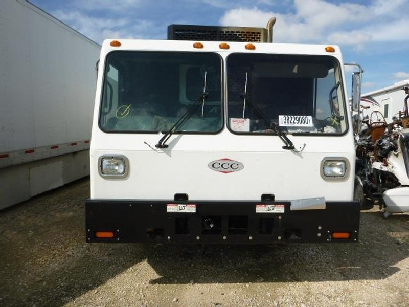 Crane Carrier Corporation Low Entry Garbage Truck 2014 price $9,950