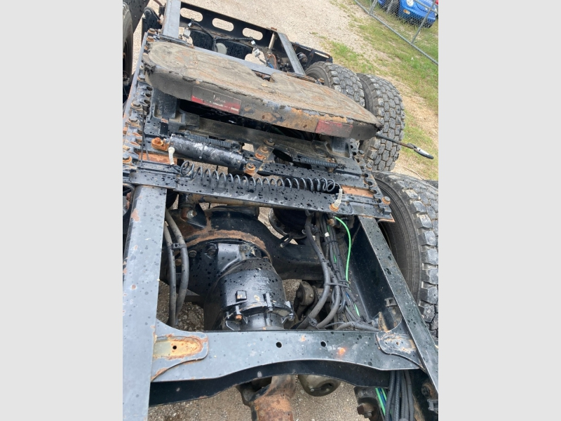 Freightliner Cascadia 2012 price $22,950