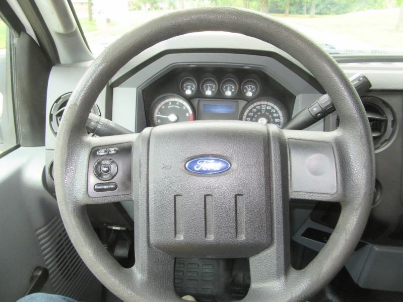 Ford Super Duty F-350 SRW 2013 price $16,950
