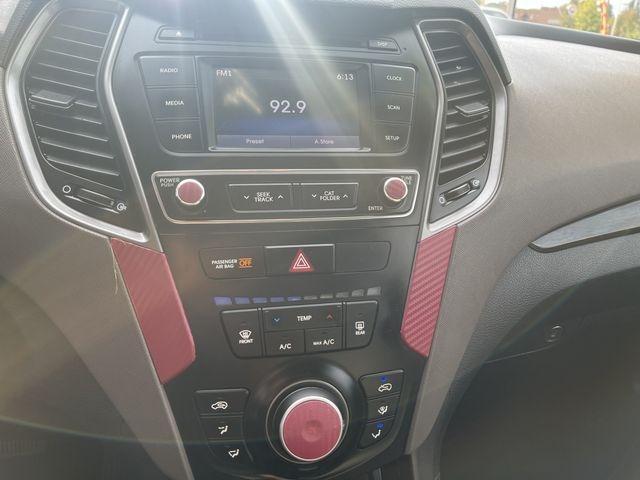 Hyundai Santa Fe Sport 2017 price $16,950