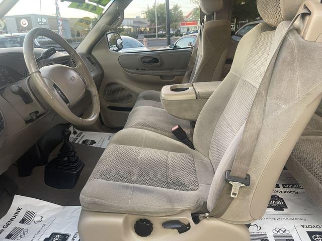 Ford F150 Super Cab 2002 price $10,950