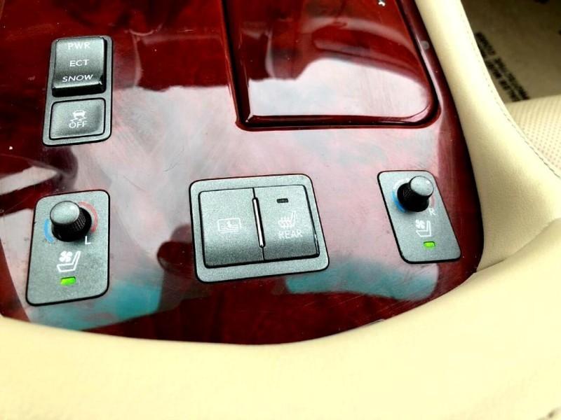 Lexus LS 460 2007 price $14,395