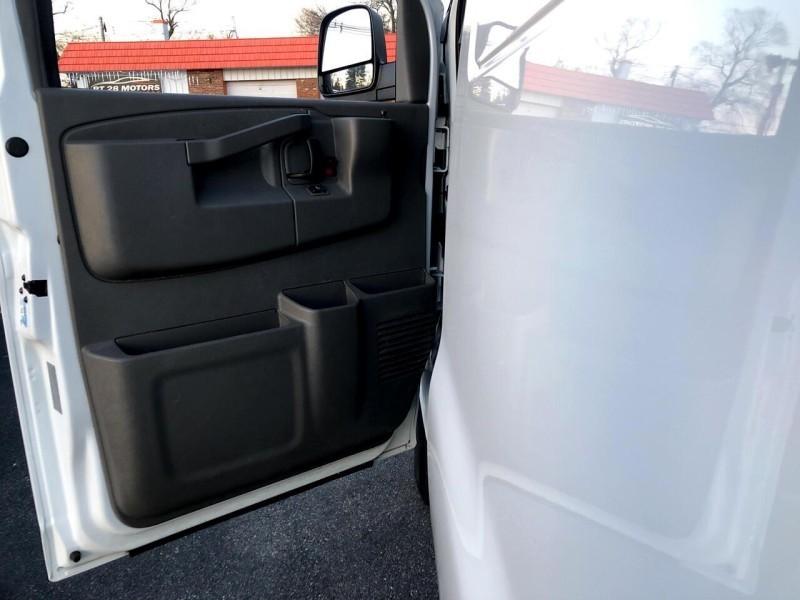 Chevrolet Express Cargo Van G3500 6.0L V8 2017 price $20,995