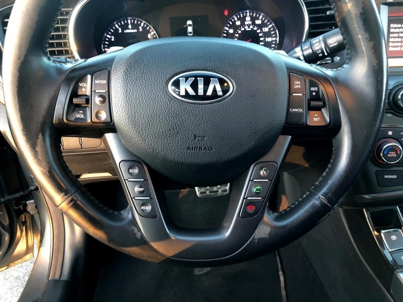 Kia Optima SXL w/Chrome Limited Pkg 2013 price $12,995