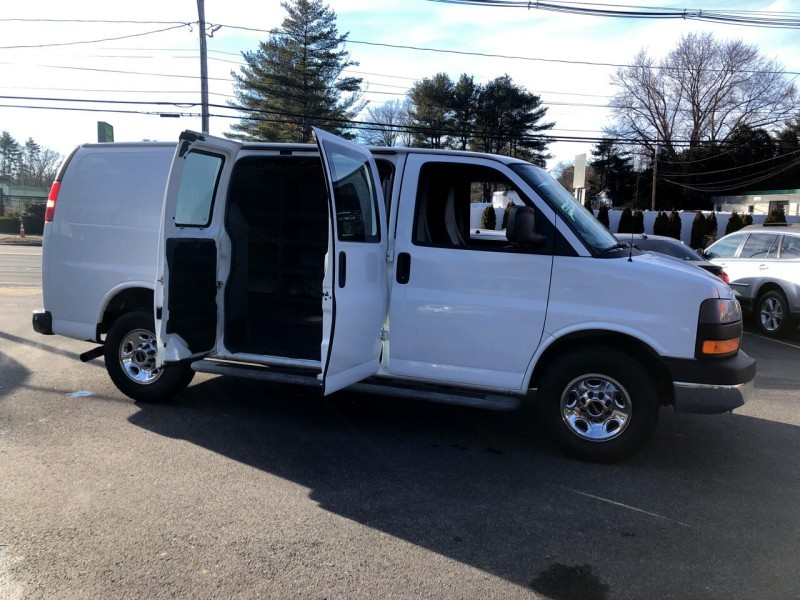 GMC Savana Cargo Van 2014 price $17,995