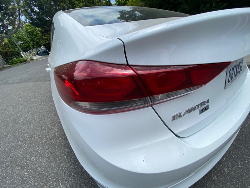 HYUNDAI ELANTRA 2018 price $7,999
