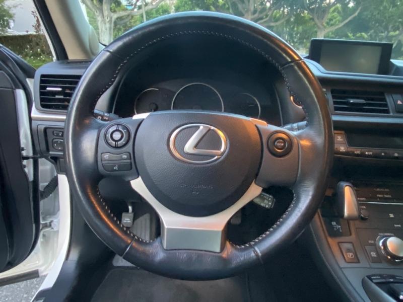 LEXUS CT 2015 price $12,750