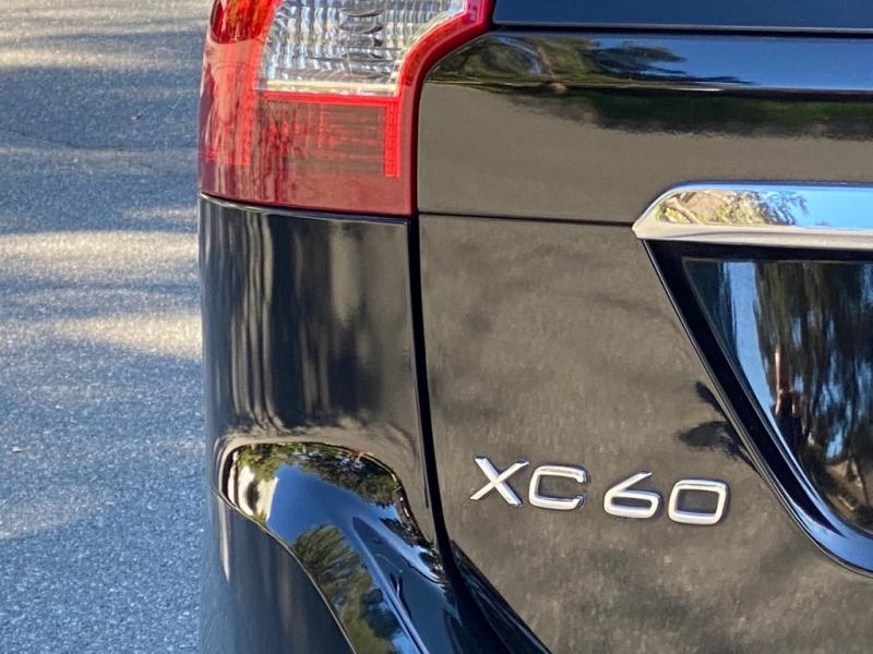 VOLVO XC60 2016 price $12,250