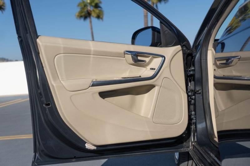 VOLVO S60 2012 price $7,999