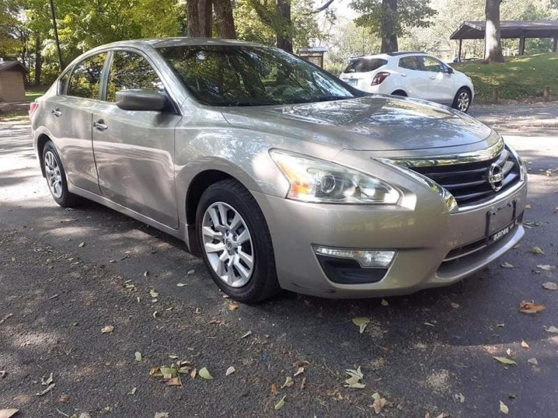 Nissan Altima 2014 price $8,599