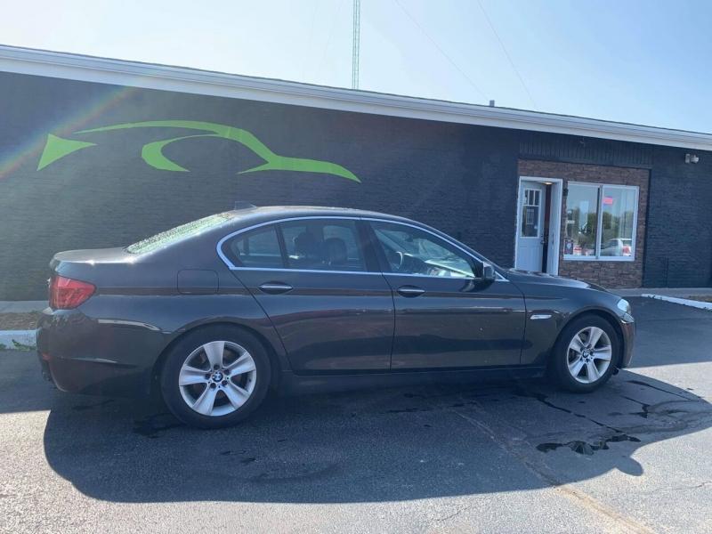 BMW 5 Series 2012 price $12,300