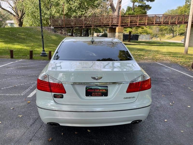 Hyundai Genesis 2009 price $5,999