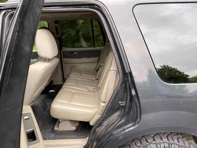 Ford Expedition 2010 price $7,499