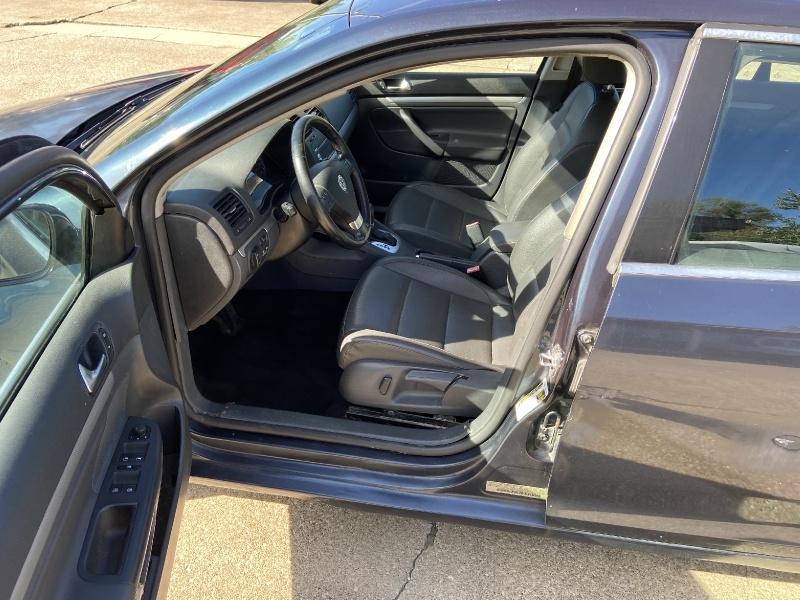 Volkswagen Jetta 2009 price $4,750