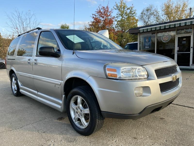 Chevrolet Uplander 2008 price SOLD