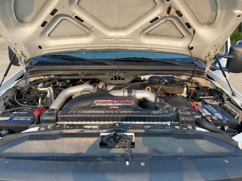 Ford Super Duty F-350 DRW 2006 price $11,499
