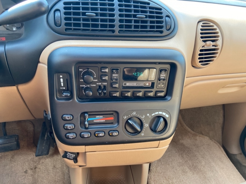 Plymouth Voyager 1997 price $6,495