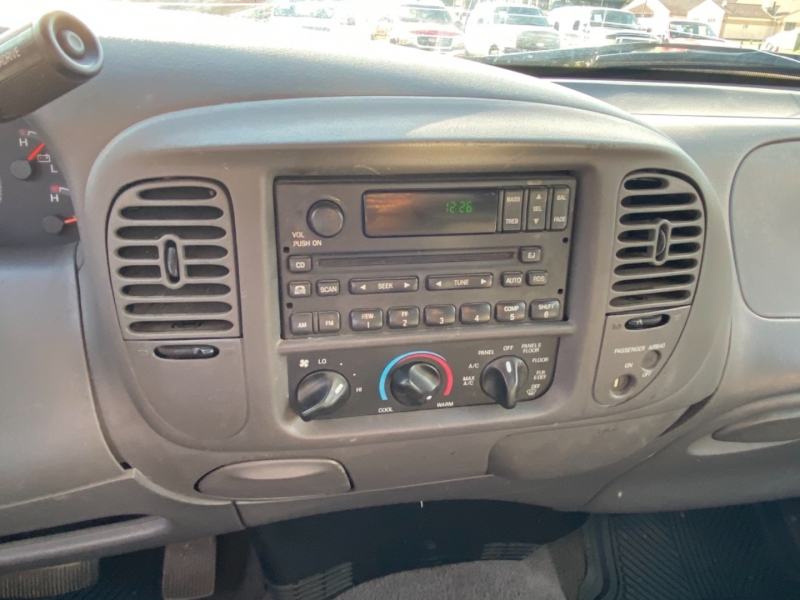 Ford F-150 2002 price $3,495