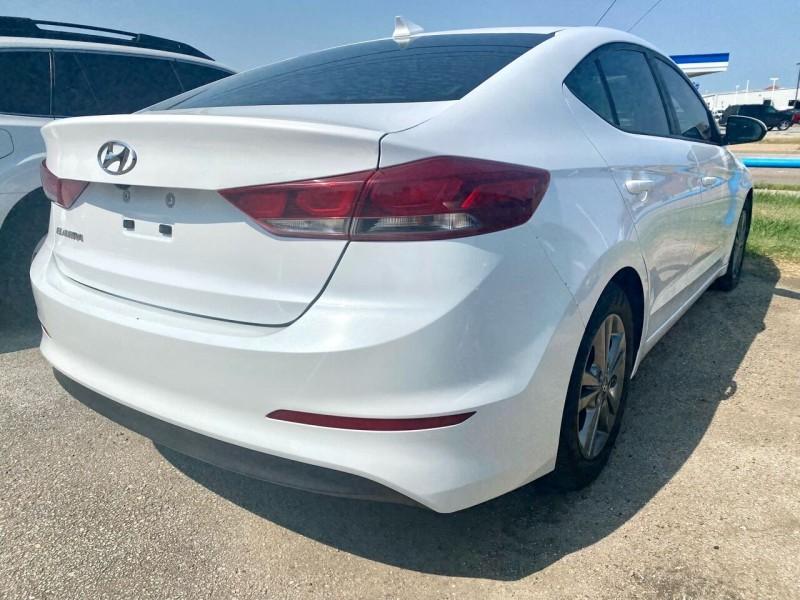 Hyundai Elantra 2017 price $10,800