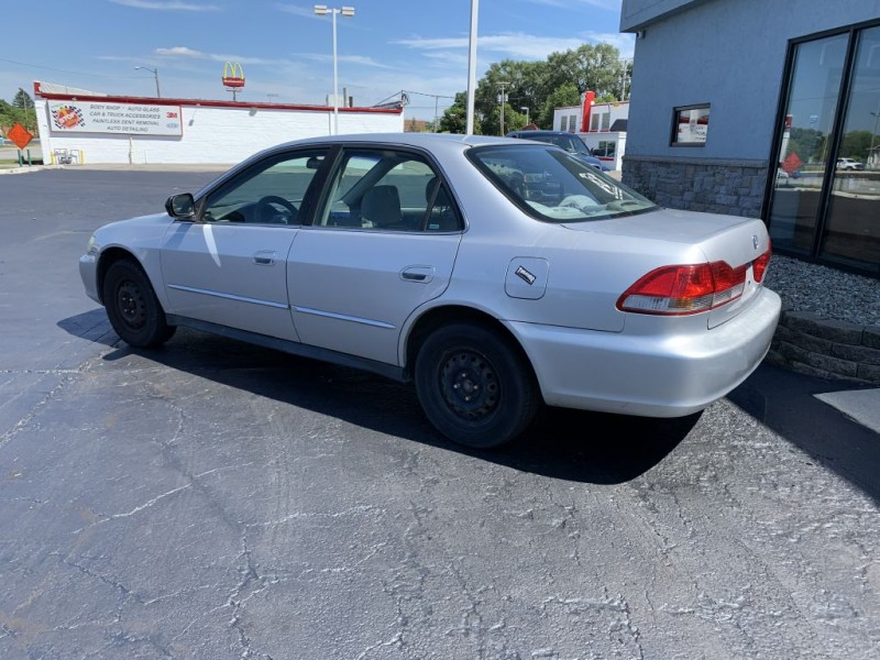 HONDA ACCORD 2002 price $2,995