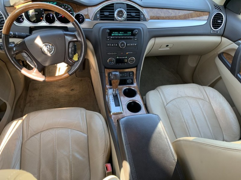 BUICK ENCLAVE 2011 price $8,975